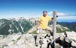 登山のために日々トレーニングをするという(写真は赤牛岳山頂)