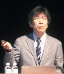 講師の有賀哲夫さん