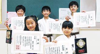 左上から時計周りに佐藤勇仁さん、吉田笹良君、安藤風雅さん、磯谷澪さん、佐藤里咲さん