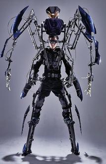 全長3m弱のロボットを自在に動かす体験も