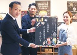 近野さんの作品を基に、金城さんが描いたチョークアート。このデザインを基にポスターが作成され、病院等に掲示される