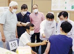 大和綾瀬歯科医師会の実技研修には大木市長も視察に訪れた