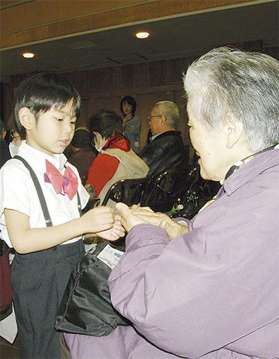 高齢者の引きこもりを防止
