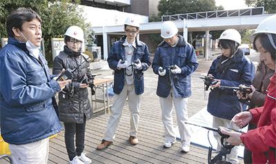 市職員が防災資機材訓練