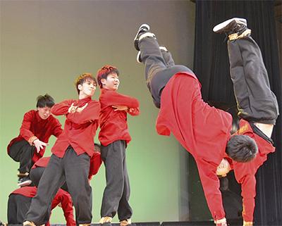 ダンスの祭典で成果披露
