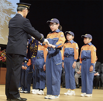 市少年消防団が入団式