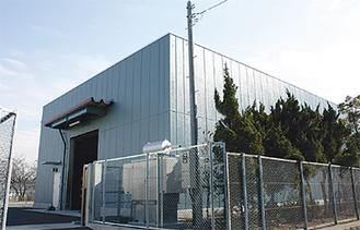 上星小のプール跡地に完成した大型備蓄倉庫