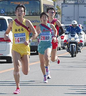 7区を走る飯島智志さん