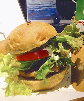 地元食材を使用している「(仮)神奈川バーガー」