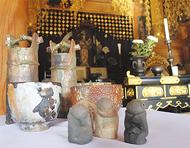 龍峰寺で焼き物展