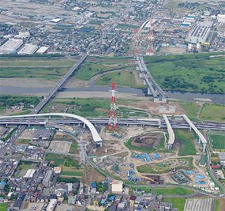 門沢橋に建設が進む「海老名南JCT」(写真提供・中日本高速道路(株) 厚木工事事務所)