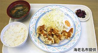 白石産の味噌だれを使用した唐揚げに、海老名産の卵が添えられている