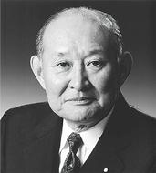 藤井裕久氏が講演