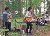 森のコンサート開催