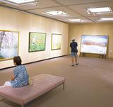 美術協会、48作品を展示