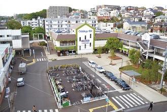 再整備で新たに広場ができた座間駅東口前