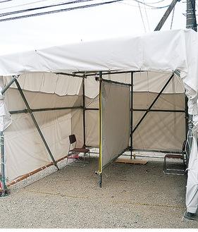 広井内科医院に設置されたテント
