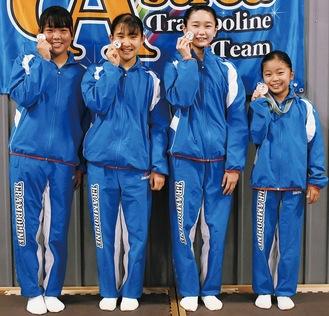 左から又村さん、高崎さん、高田さん、山田さん