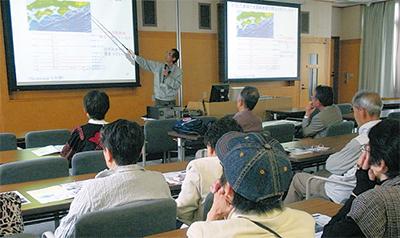 県内の地震を学ぶ