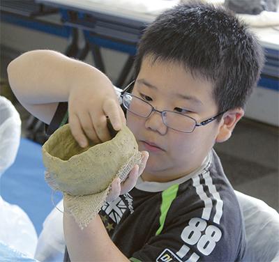 縄文土器作りに挑戦