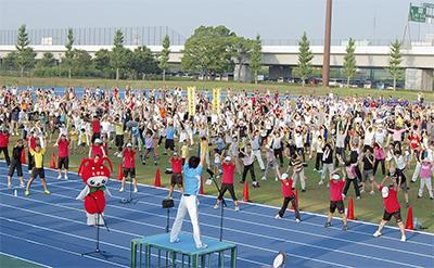 約2千人がラジオ体操