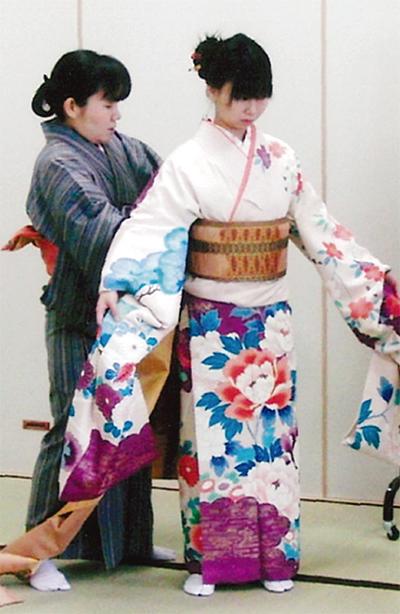 着物文化伝え四半世紀
