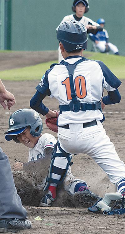 白石と野球で交流