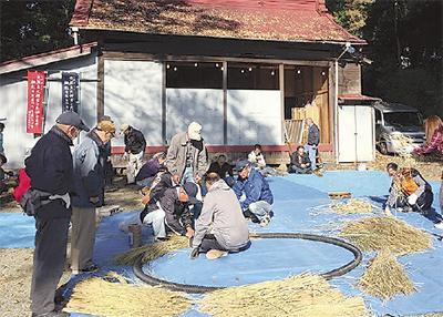 弥生神社でしめ縄製作