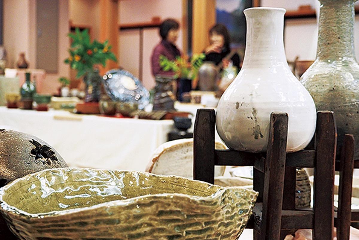 龍峰寺で「焼きもの百人展」