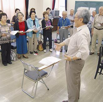 熱心な指導のもと、メンバーは発表会へ向け練習にも力が入る