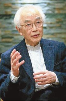 作家で評論家として活躍する柳田氏(写真提供は座間市)