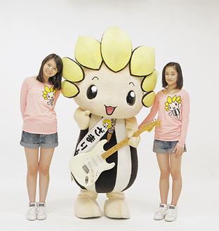 踊りを担当する田辺さん(左)と佐々木さん(写真提供=(株)アップフロントワークス)