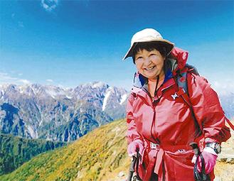 99座目に登頂した鹿島槍ヶ岳に立つ滝澤さん