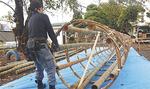10月17日には、竹で骨組みを作った