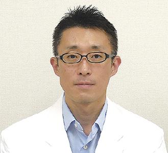 回復期リハビリテーション科脳血管担当部長の粟根医師