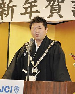 新理事長としての決意を語る西野さん