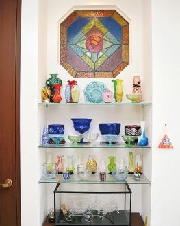 自宅の玄関近くに飾られている和ガラス