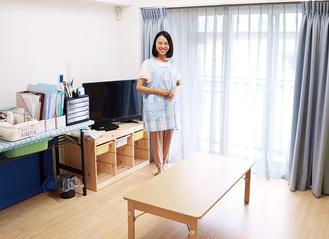 病児保育室内のようす。中央は、看護師の瀬尾佳織さん