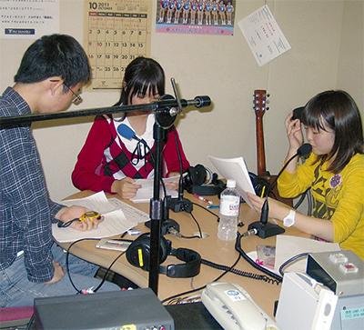 高校生がラジオ番組を制作