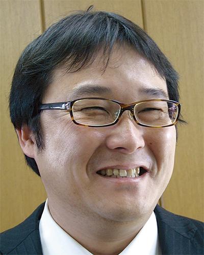 島名 謙一郎さん