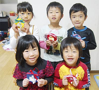 子どもたちにうさぎの贈り物