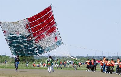大凧揚げを体験