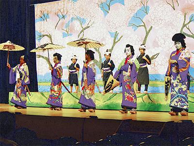 子どもの舞台で文化交流