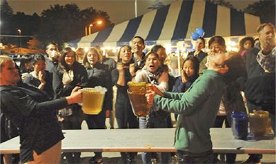 基地開放しビールの祭典