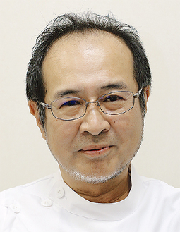 <プロフィール>1987年3月富山医科薬科大学卒業。専門領域は乳腺外科、甲状腺外科、消化器外科、一般外科。日本がん治療認定医。