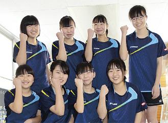 左上から時計回りに工藤部長、上水流、須田、松本、上野、曽根、山田、堀川(すべて2年)