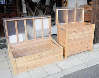 「厚木キエーロ」はベランダ置きタイプ(右)と直置きタイプがある