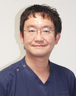 泌尿器科の藤城貴教医師。足しげく球場へ通う阪神ファン。学生時代は軽音楽部で音楽フェスも大好き。