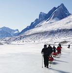 マイナス気温の北極圏を歩く