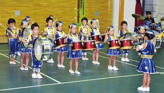 厚南幼児園の鼓笛演奏